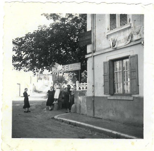 Histoire-2-hotel-le-chatard-sarcey-69
