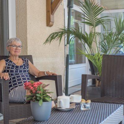 Hotel-Restaurant-Le chatard_-Sarcey-69-2_Instant-detente